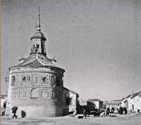 Iglesia de San José en los años 50. Foto Kindel.